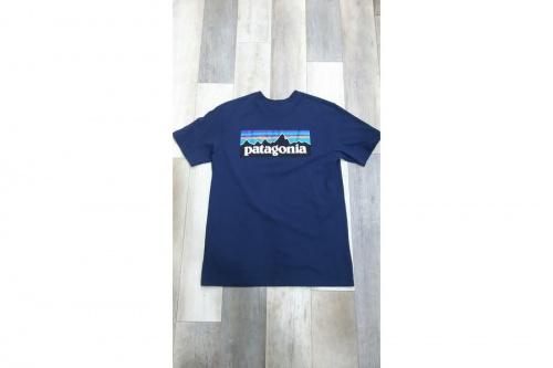 夏物のTシャツ