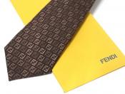 【FENDI / フェンディ】ブランドの代名詞ズッカ柄を用いたネクタイ。