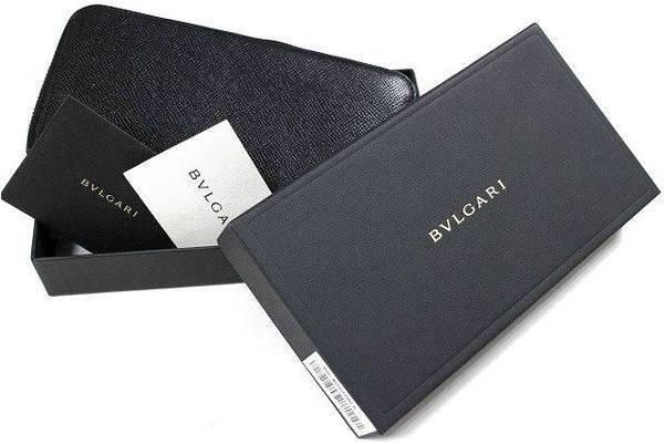 「ブルガリの財布 」