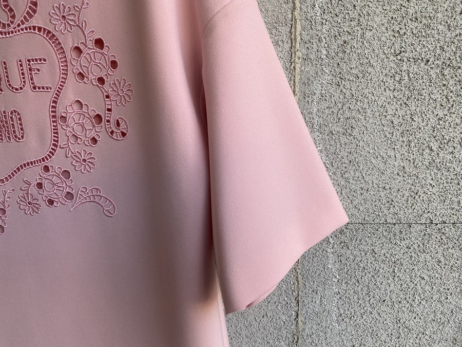 ブティック モスキーノのジャージ素材刺繍カットソーワンピース