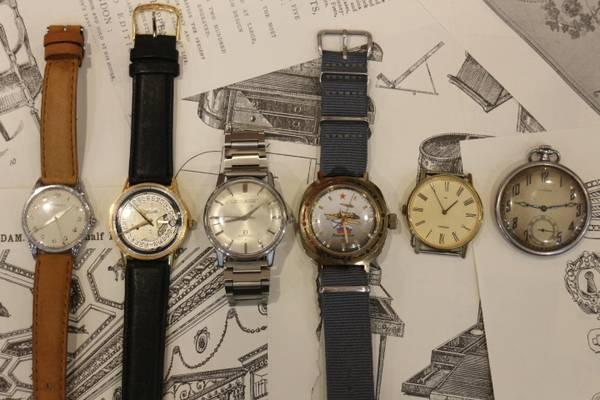 「アンティークの時計 」