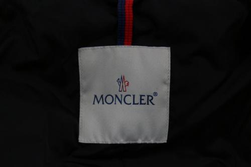 インポートブランドのMONCLER モンクレール