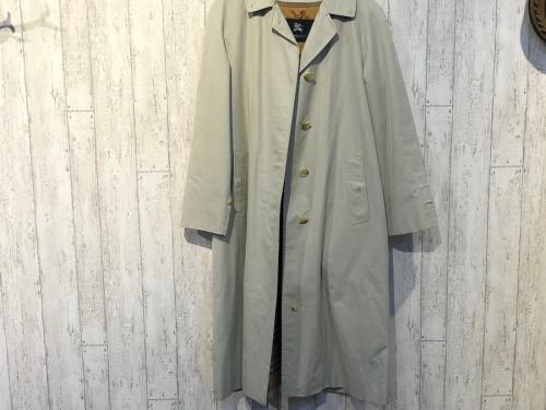 トレンチコート 春服 ステンカラーコートの古着 ファッション ヴィンテージ
