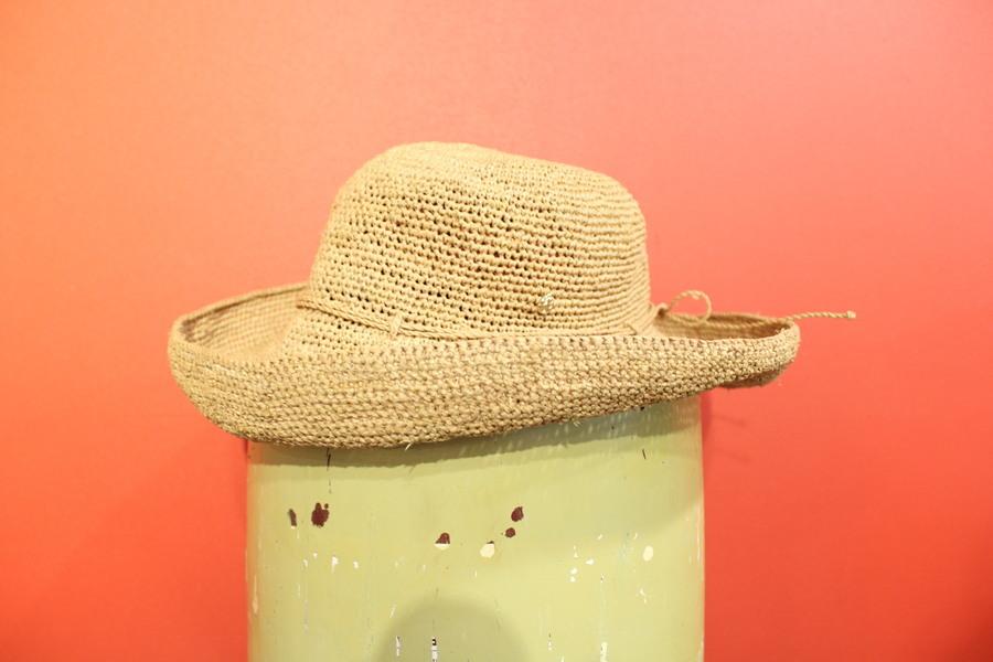 ラフィアハットの帽子