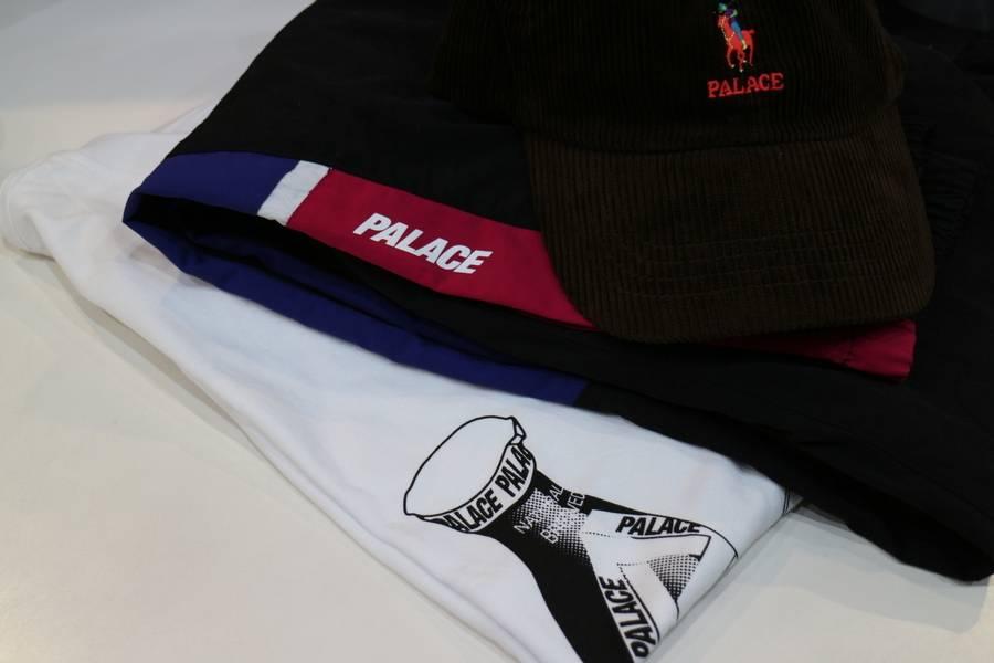 ラルフローレンコラボや東京進出など・・・今話題の『PALACE/パレス』のアイテムが入荷しました!!