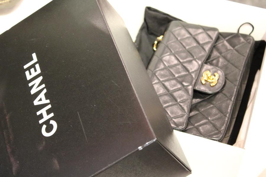 女性が愛してやまないCHANEL / シャネルの象徴【マトラッセ】のショルダーバッグ【AO1113】入荷しました。