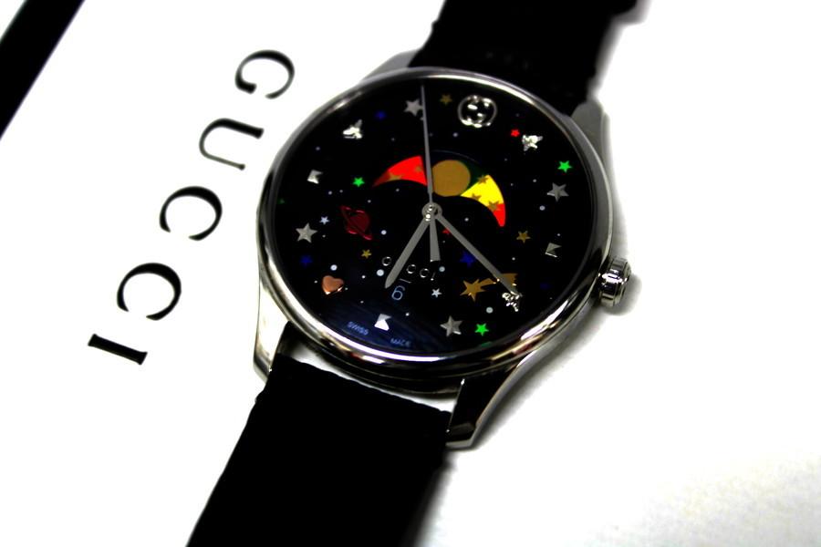 斬新なデザインの時計『G-タイムレス ムーンフェイズ(GUCCI)』が入荷しました。