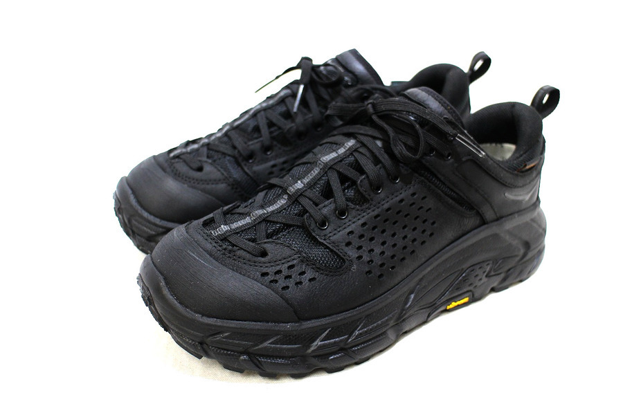 「コラボ・別注アイテムのEngineered Garments×HOKA ONE ONE 」