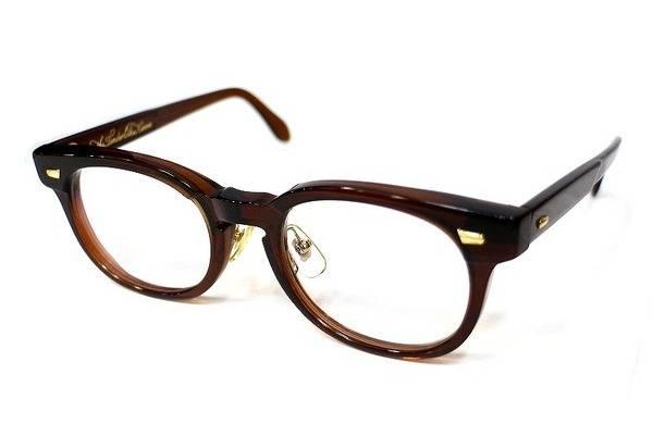 「白山眼鏡のTENDERLOIN 」