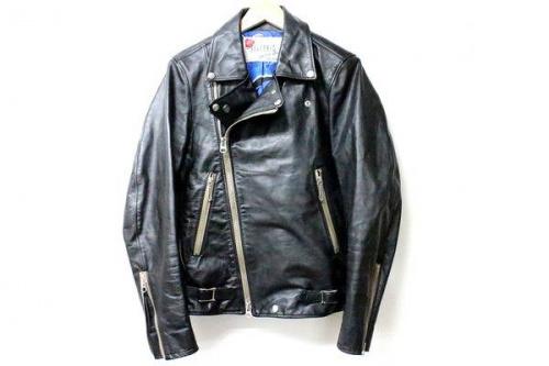 セヴシグのレザージャケット