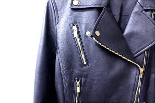 エポカのラムレザーライダースジャケット