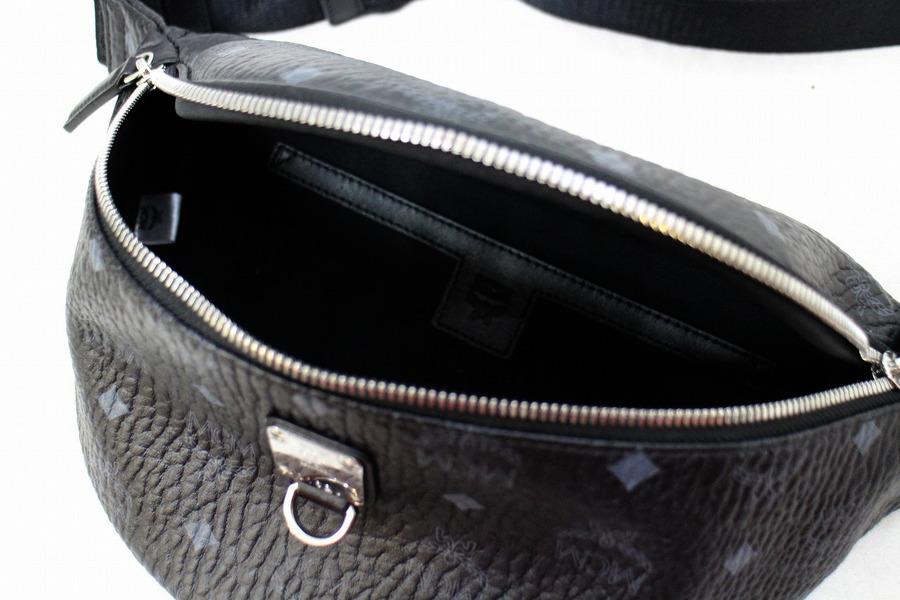 エムシーエムのヴィセストベルトバッグ