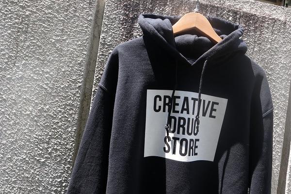 「ストリートブランドのcreativedrugstore 」