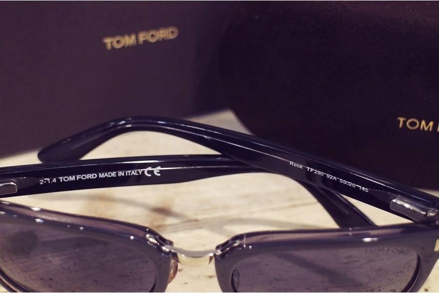 サングラスのTOM FORD