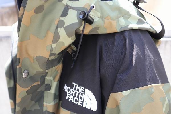 """THE NORTH FACE(ザノースフェイス) より""""1990 Mountain Jacket""""入荷しました!!"""