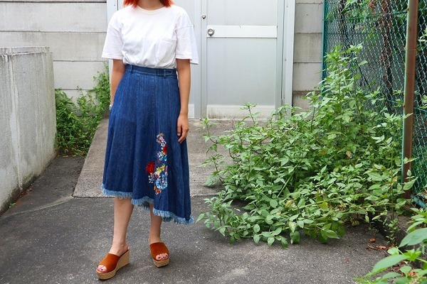 【DIESELコラボ刺繍フレアデニムスカート】が入荷致しました!!