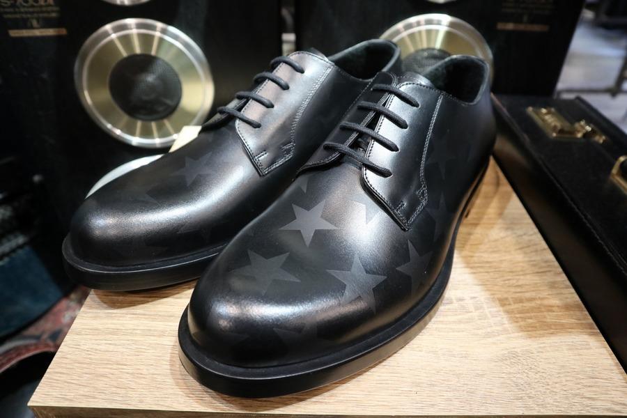 【VALENTINO GARAVANI/ヴァレンティノガラヴァーニ】Star printed derby shoes入荷!!