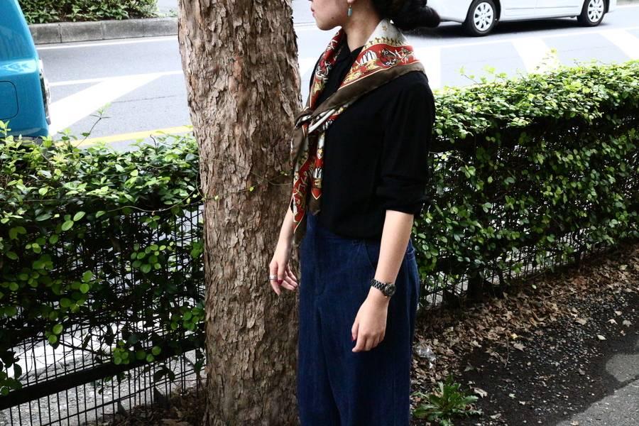 「エルメスのスカーフ 」