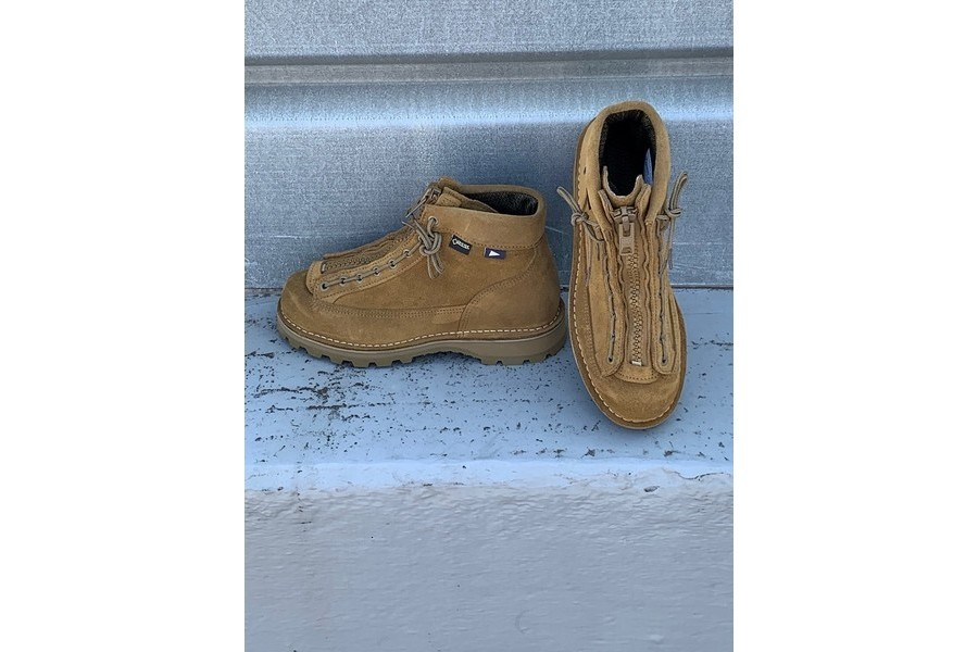 ダナーの靴