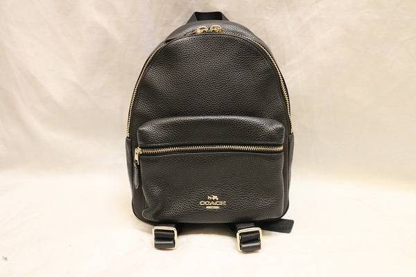 【COACH・miumiu入荷】人気のミニバッグ入荷いたしました。これからの季節にいかがですか?【トレファクスタイル小手指店】