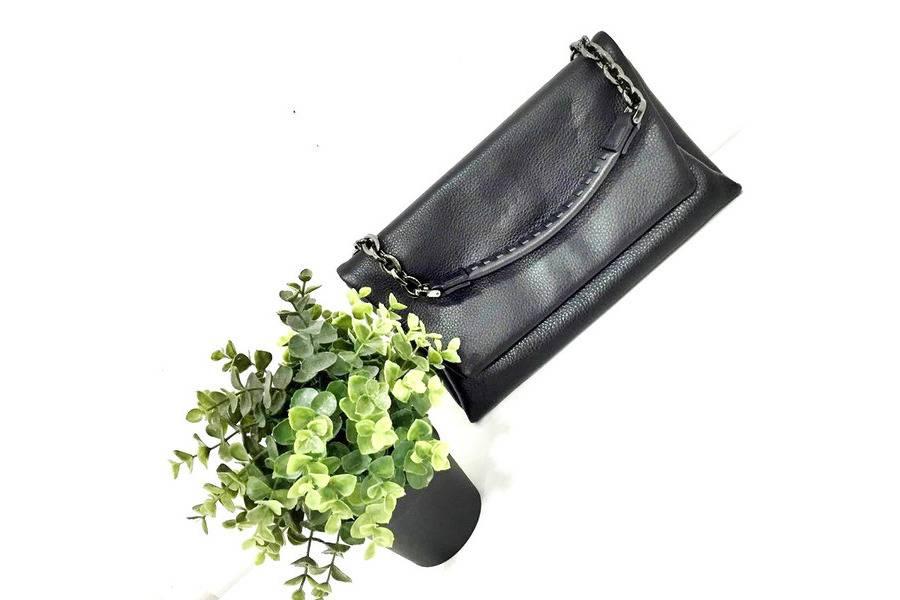 「立川の土屋鞄 」