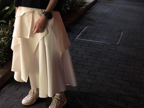 着る人も見る人も魅了するブランド【ELIN/エリン】より魅力の詰まった1着が入荷しました