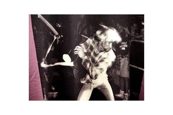 バンドTシャツのバンT
