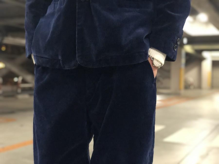 コーデュロイクラシックジャケットのロールアップギンガムチェックシャツ