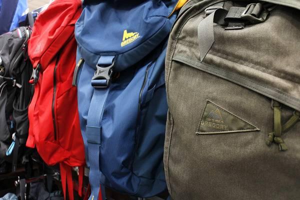 アウトドアバッグが大量入荷してます【古着買取トレファクスタイル立川店】