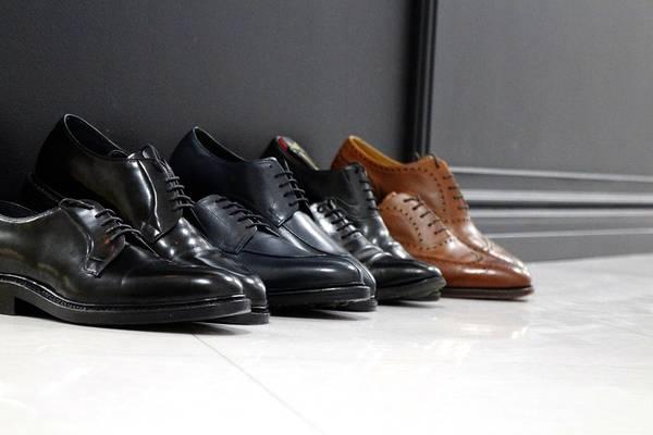 ビジネス/スーツスタイルに合わせる革靴・スラックスは?
