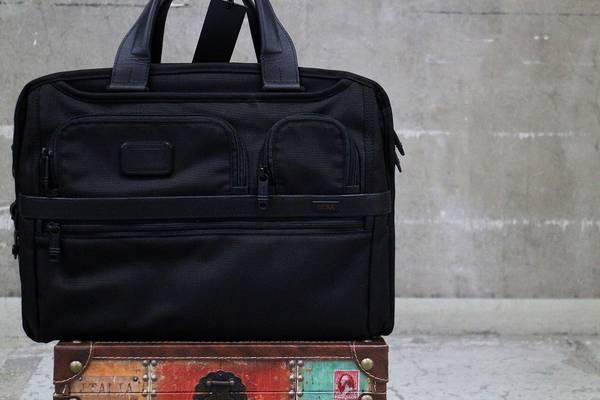 TUMI/トゥミ、オーガナイザーブリーフケースなど、大人の男性バッグ入荷中!!