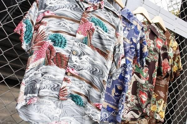 夏が待ち遠しい!!単調になる夏だからこそ持っておきたいアロハシャツ!!!【トレファクスタイル立川店】