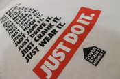 NIKE×DOVER STREET MARCKET(ナイキ×ドーバーストリートマーケット)の長袖Tシャツが入荷致しました。