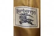 BURBERRYのトレンチコートが入荷しました!
