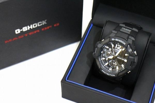 「ジーショックの時計 」