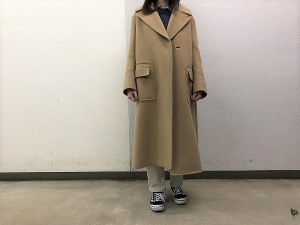 「キャリアファッションのebure 」