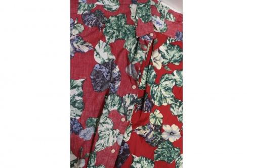 レインスプーナーのアロハシャツ