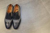 良質な財布やバッグで有名な高級ブランド【ETRO】よりドレスシューズのご紹介。