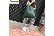 メゾンマルジェラからの独立ライン!!【MM6】より独特なシルエットのトートバッグのご紹介です!