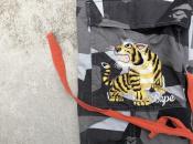 【A BATHING APE/アベイシングエイプ】よりタイガー刺繍のカモフラミリタリーパンツが入荷中。