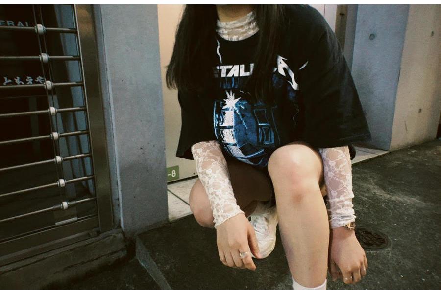 「ヴィンテージアイテムのバンドTシャツ 」