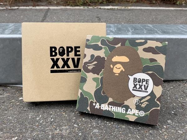 「ストリートブランドのA BATHING APE XXV 」