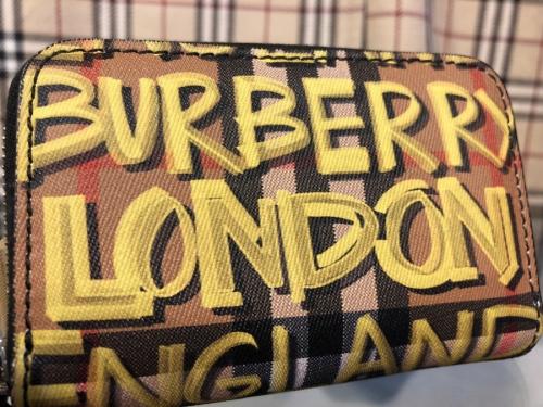 インポートブランドのBURBERRY LONDON