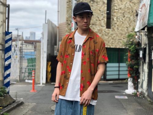 シュプリームのCherry rayon shirt