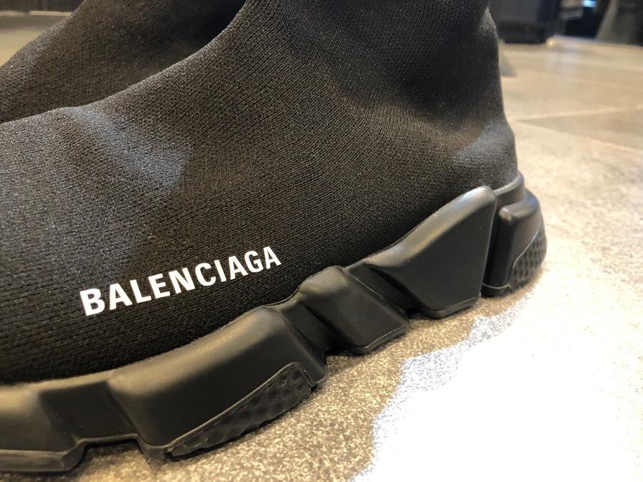 バレンシアガのSPEED TRAINER