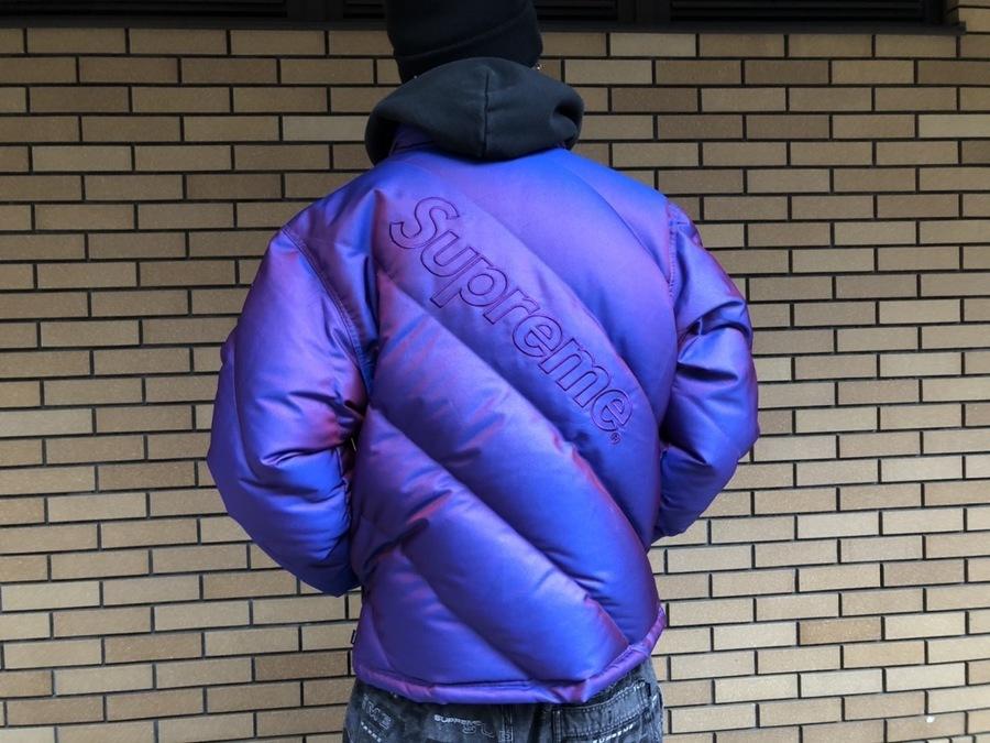 シュプリームのIridescent Puffy Jacket