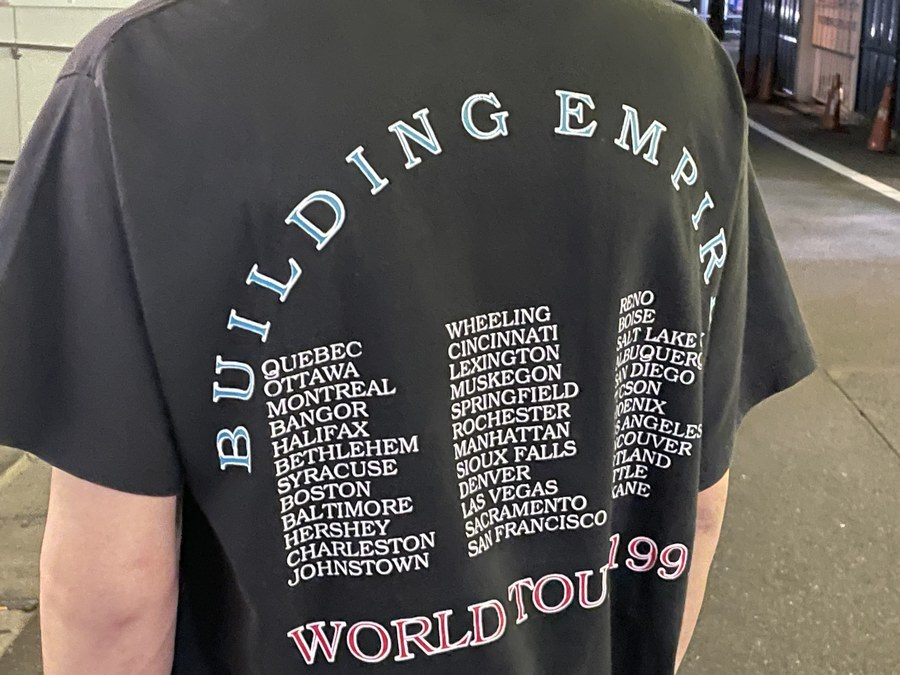 クイーンズライクのバンドTシャツ