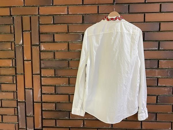 グッチのシャツ