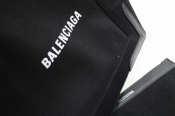 BALENCIAGA(バレンシアガ)のカバストートバッグ、18年使用のロゴアイテムが堂々の入荷!!