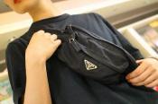 【PRADA/プラダ】90年代の雰囲気漂うモードに昇華したウエストバッグ入荷。